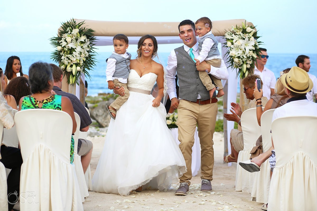 27 Love-Filled Photos Of Brides Grooms Kids Huffington Post, beach Wedding at Grand Sirenis