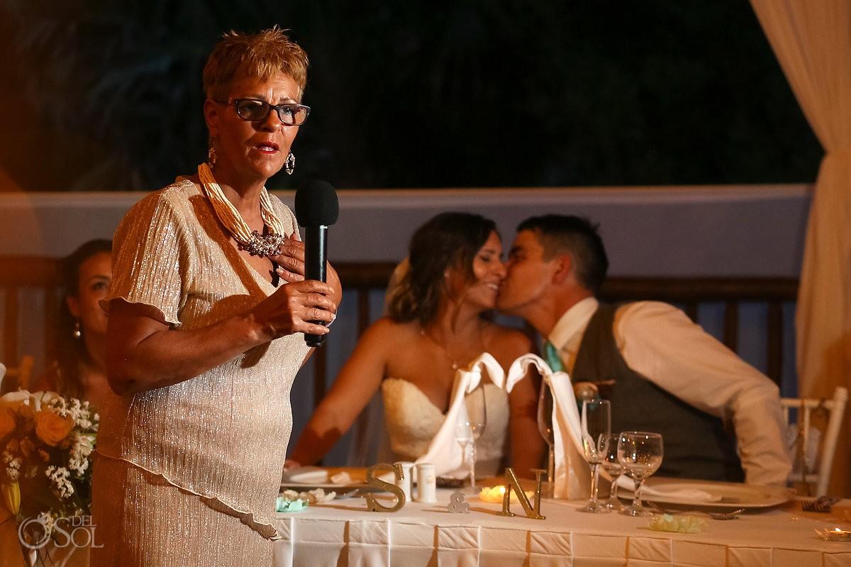 mom speech couple kissing backgroung, beach Wedding reception at Grand Sirenis Riviera maya palapa, Mexico