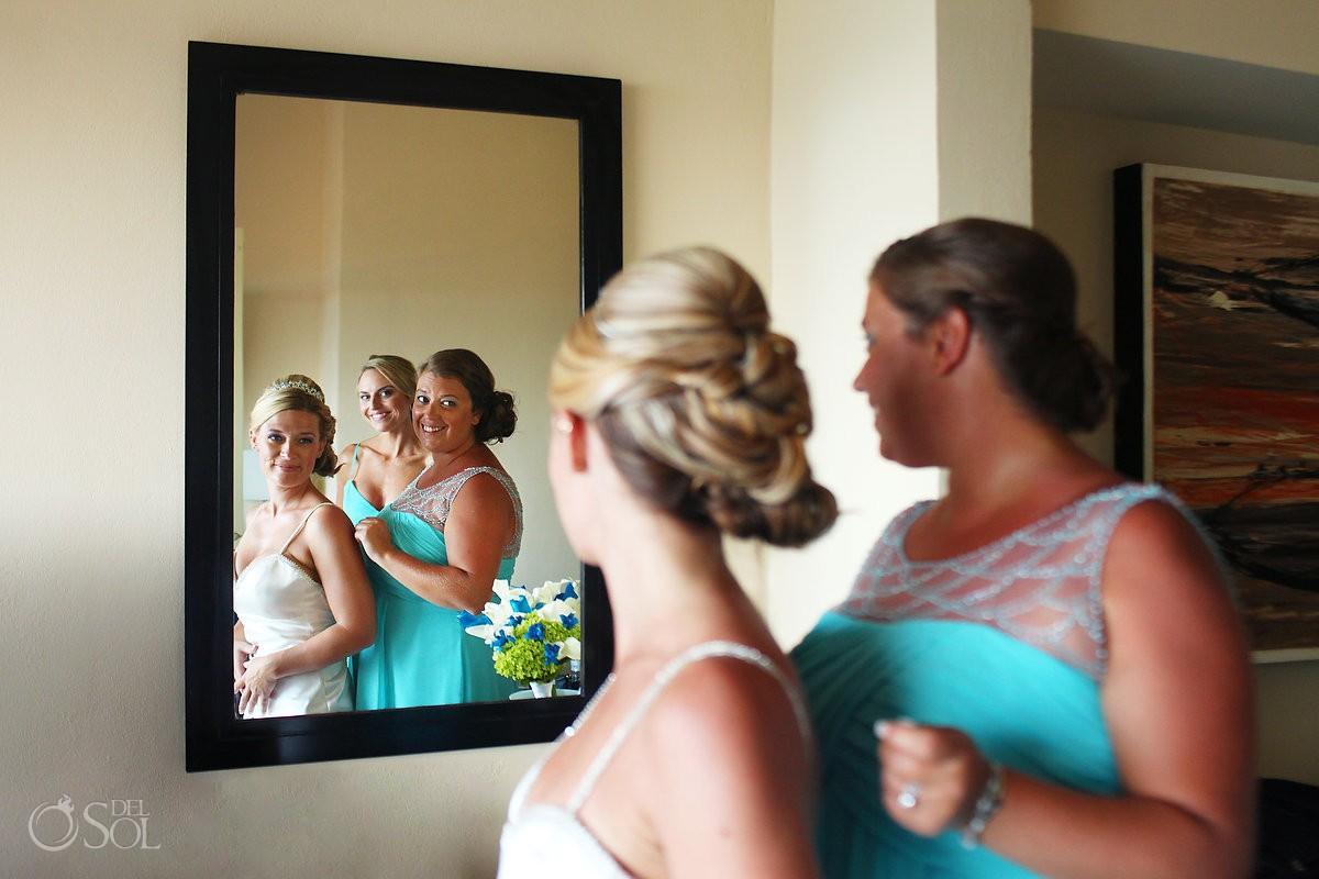 Bride Getting Ready Wedding at Dreams Puerto Aventuras, Riviera Maya, Mexico