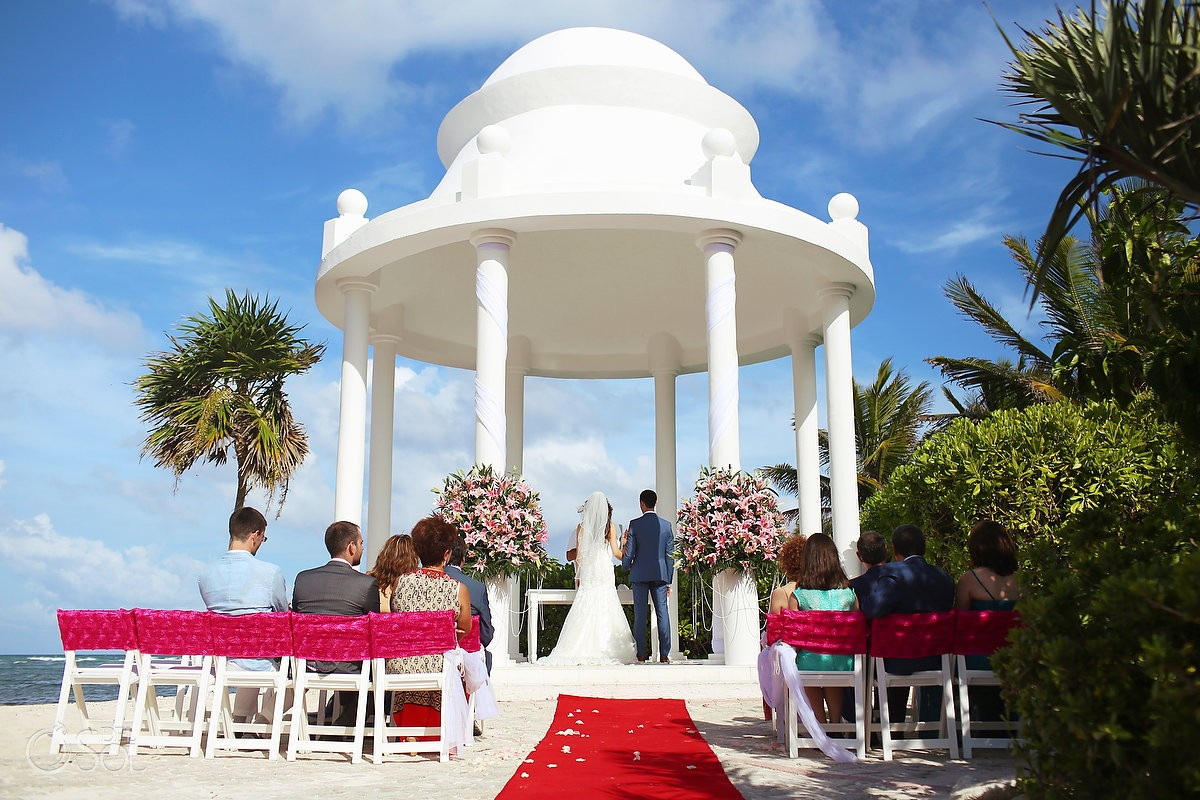 wedding gazebo ceremony at Grand Palladium