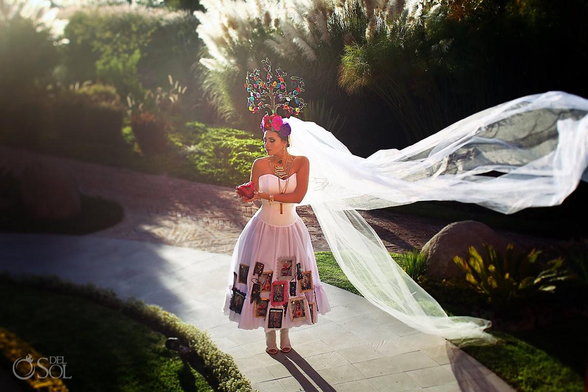 Mexican Bride La Novia de Mexico veil sunset Rosewood Hotel, San Miguel de Allende