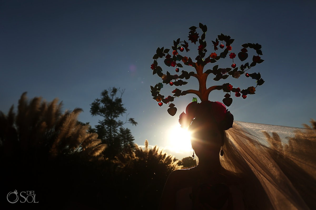 Mexican Bride La Novia de Mexico Tree of life headpiece silouhette Rosewood Hotel, San Miguel de Allende