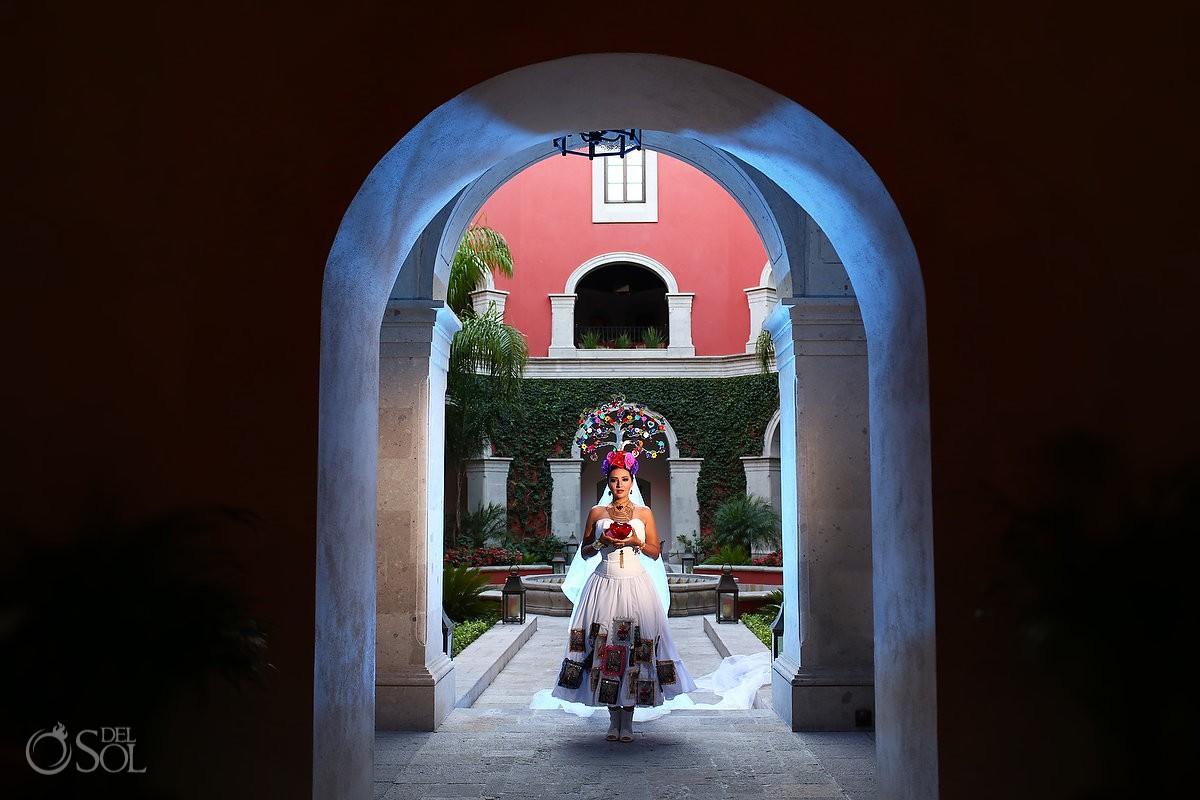 Mexican Bride La Novia de Mexico arch Rosewood Hotel, San Miguel de Allende