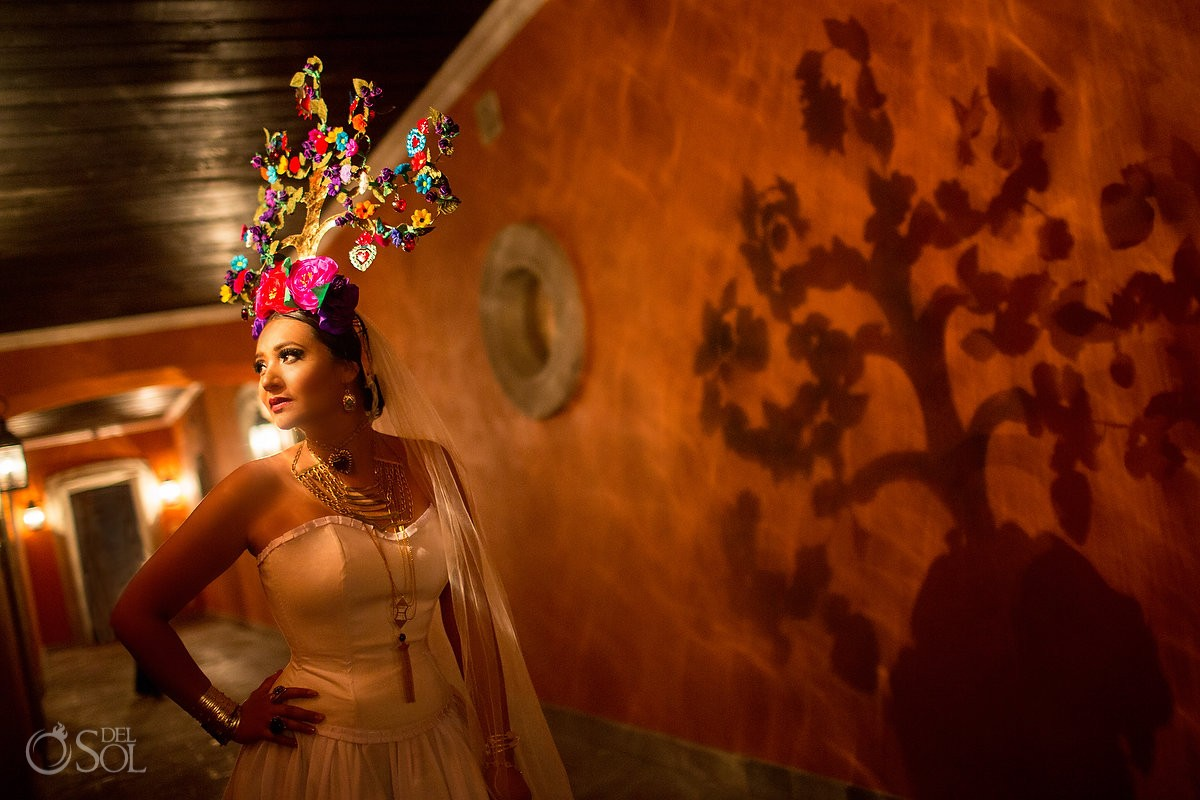 Mexican Bride La Novia de Mexico Tree of life headpiece shadow silouhette, San Miguel de Allende