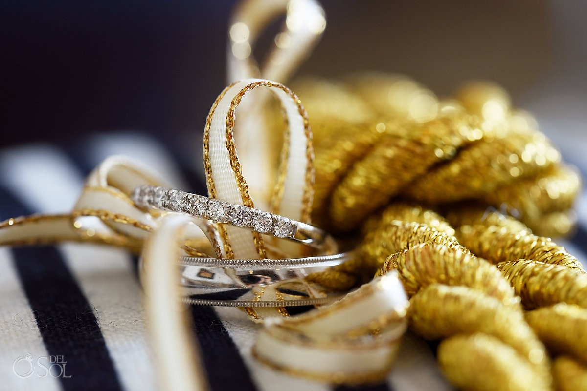 Donald Haack Diamonds wedding engagement rings detail