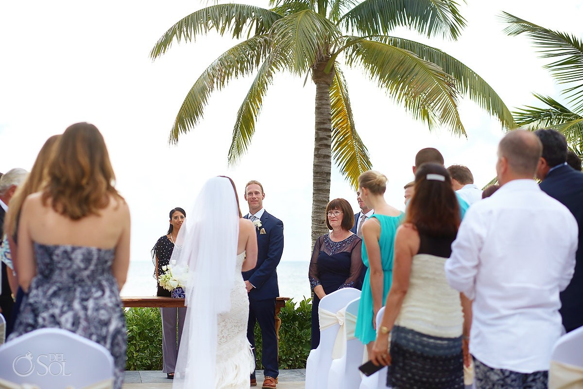 first look wedding ceremony Akan Terrace Nizuc resort Cancun mexico