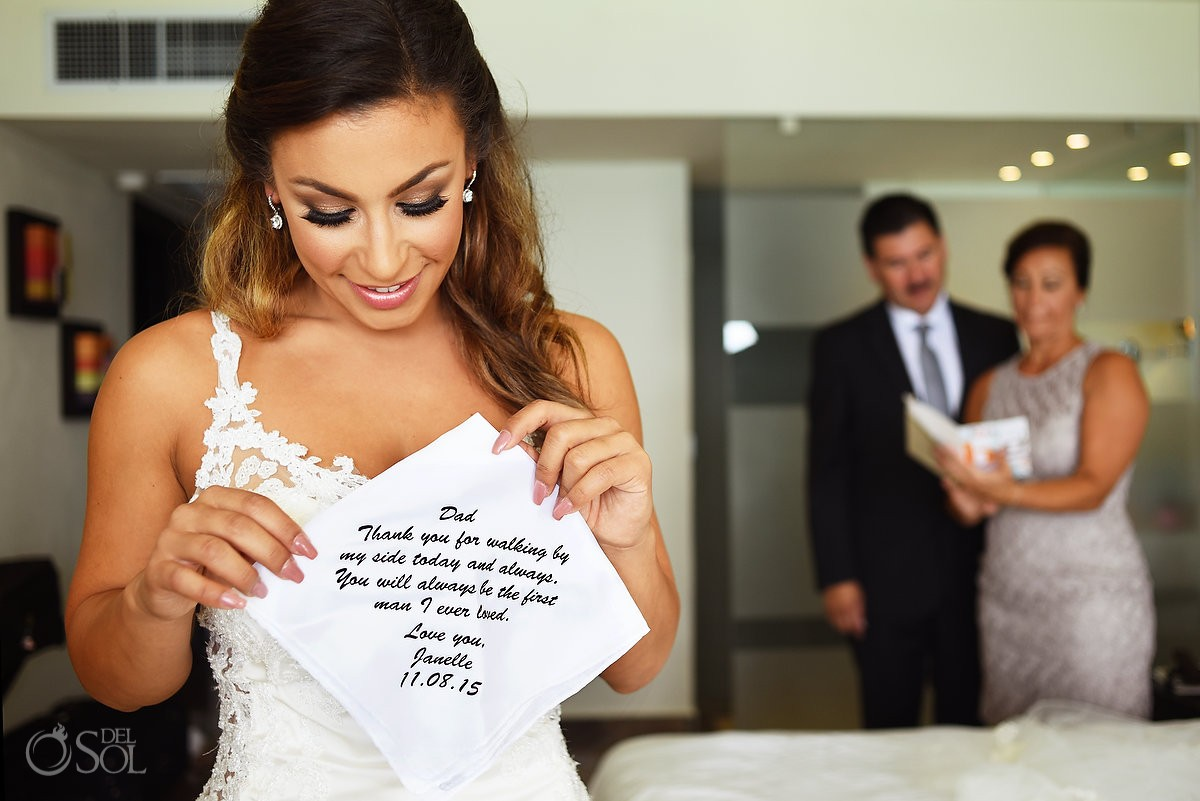 Gift handkerchief father Bride, Getting ready Wedding Dreams Sands Cancun Resort, Mexico