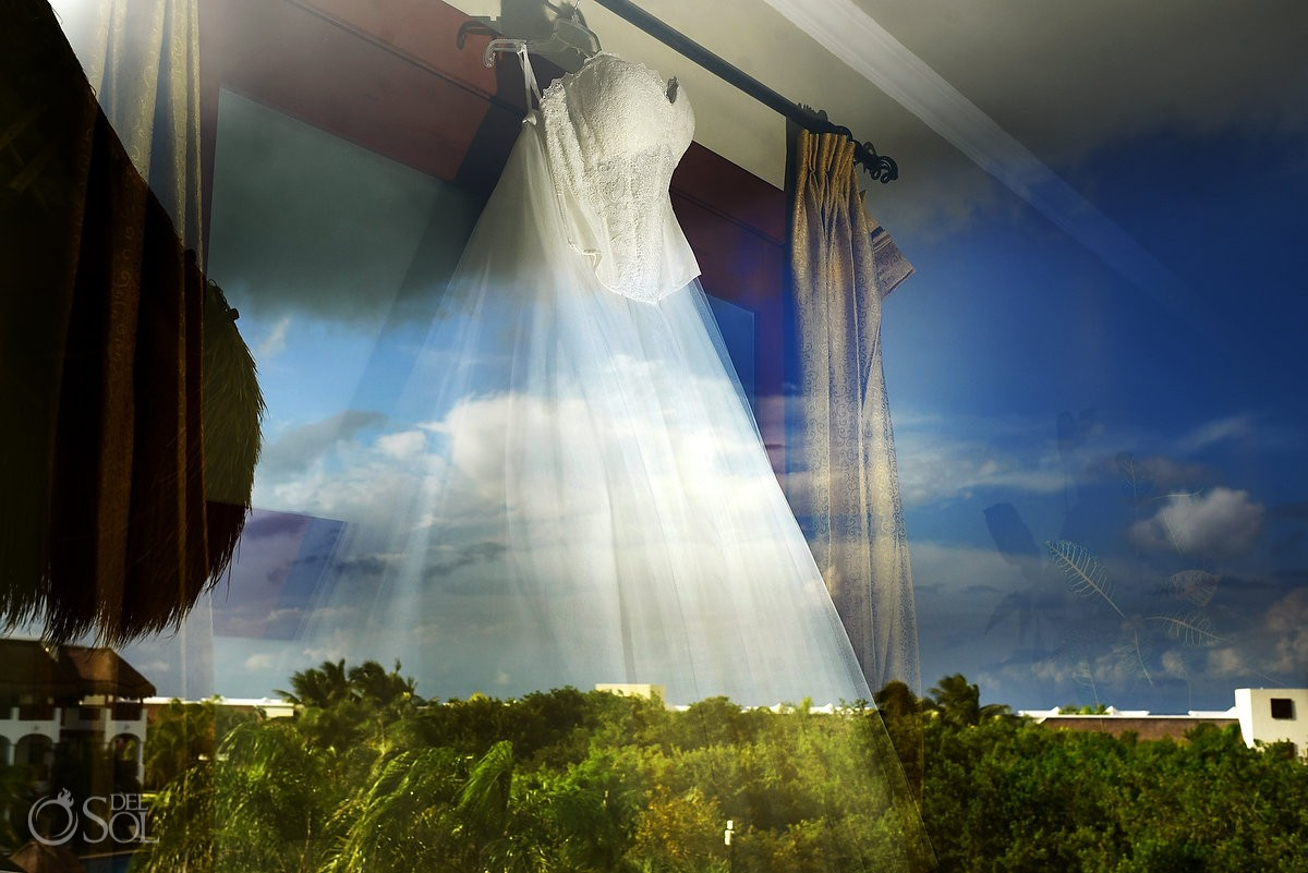 Wedding dress artistic photograph reflection landscape Wedding at Valentin Imperial Maya