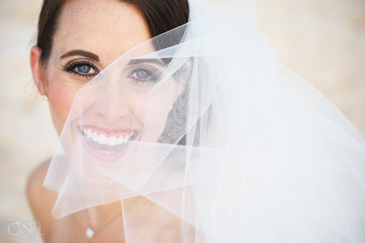 Bride Veil Wedding portraits Valentin Imperial Maya, Playa del Carmen, Mexico