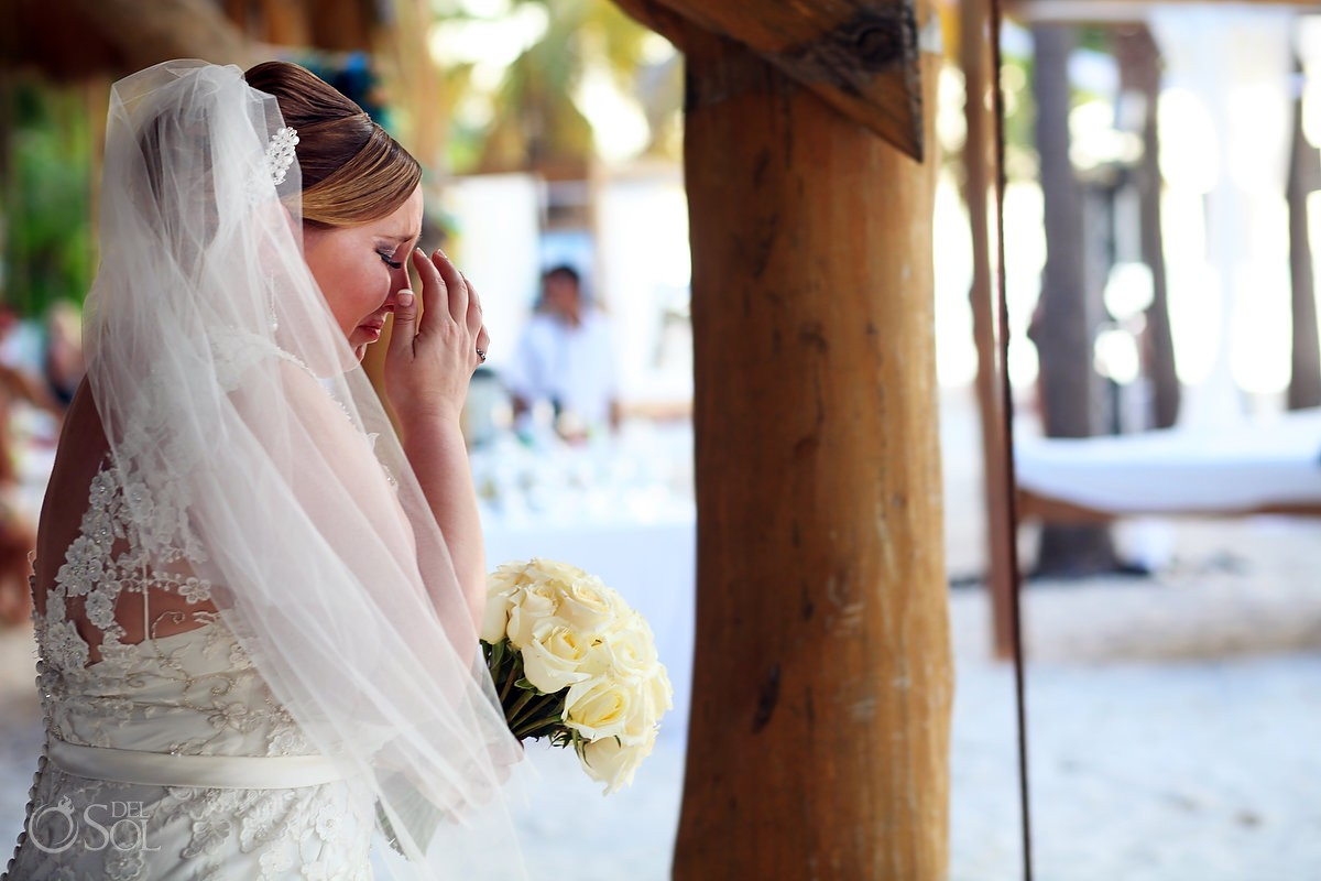 bride waiting for destination wedding ceremony at isla mujeres mexico