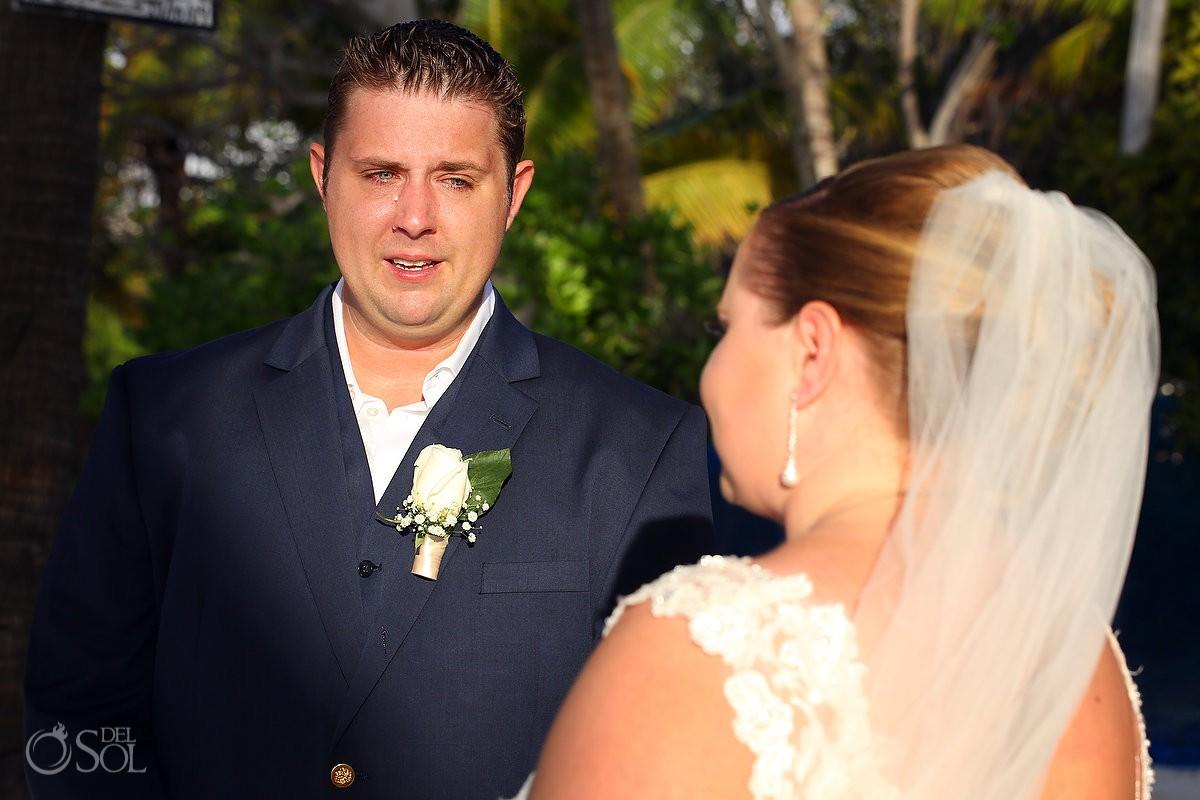 destination wedding photo of bride and groom at isla mujeres mexico