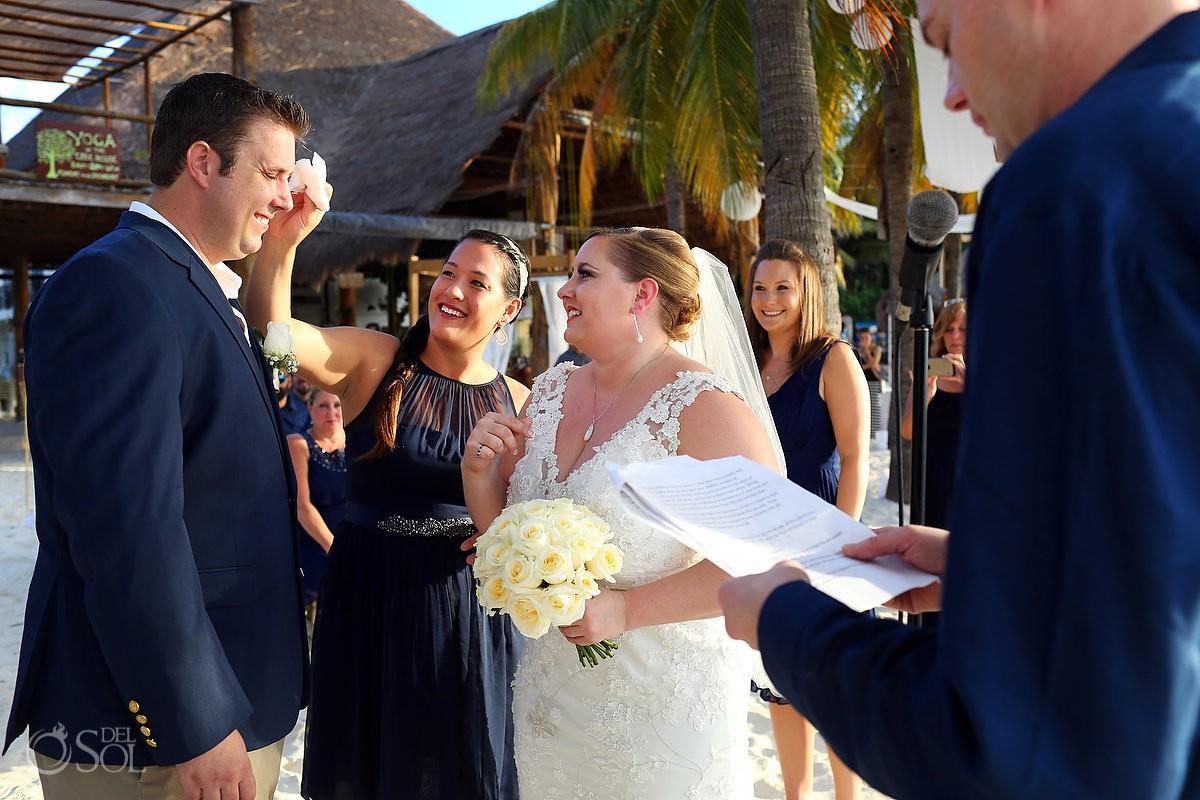isla mujeres destination wedding ceremony on the beach at Cabanas Maria del Mar