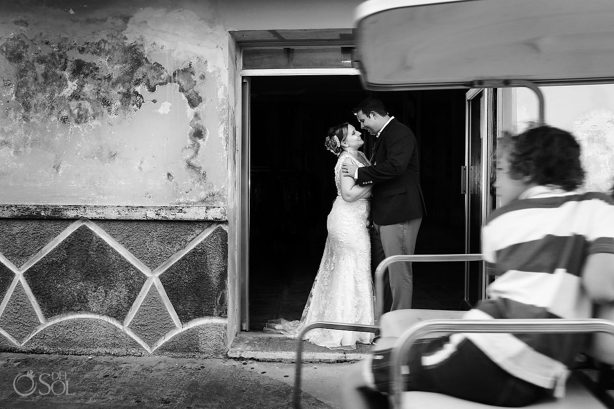 Wedding Portraits, creative street photography golfcart photobomb kiss, Island life, Isla Mujeres, Mexico