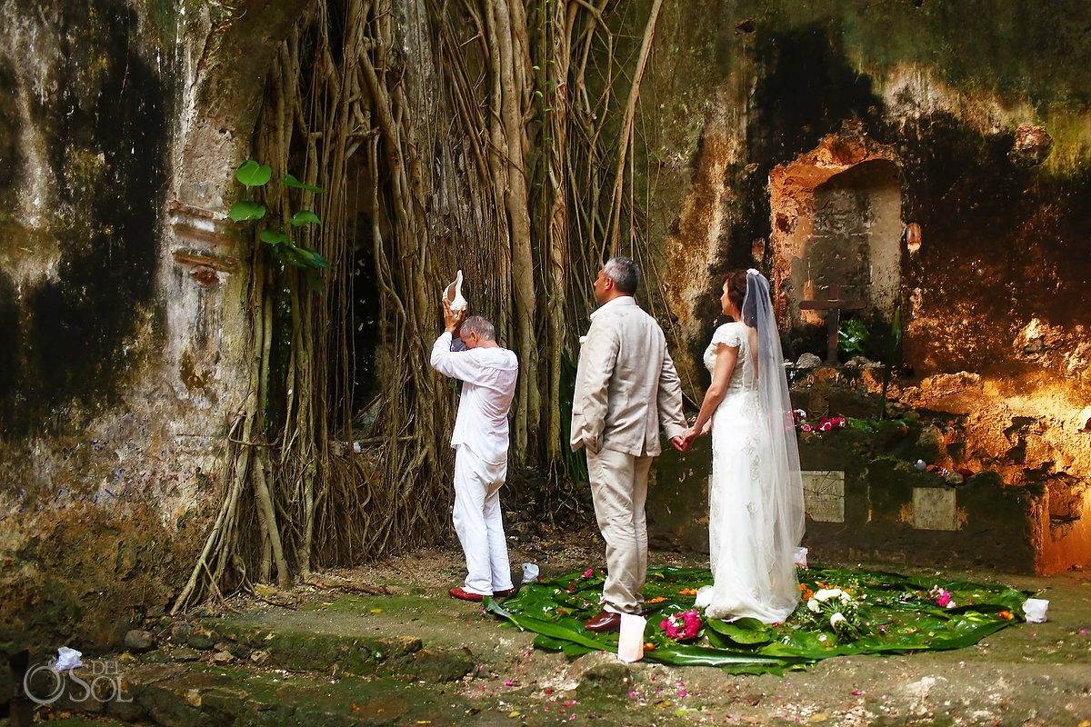 Mayan wedding ceremony, elopement, chapel ruins Hacienda Uayamon, Campeche, Mexico