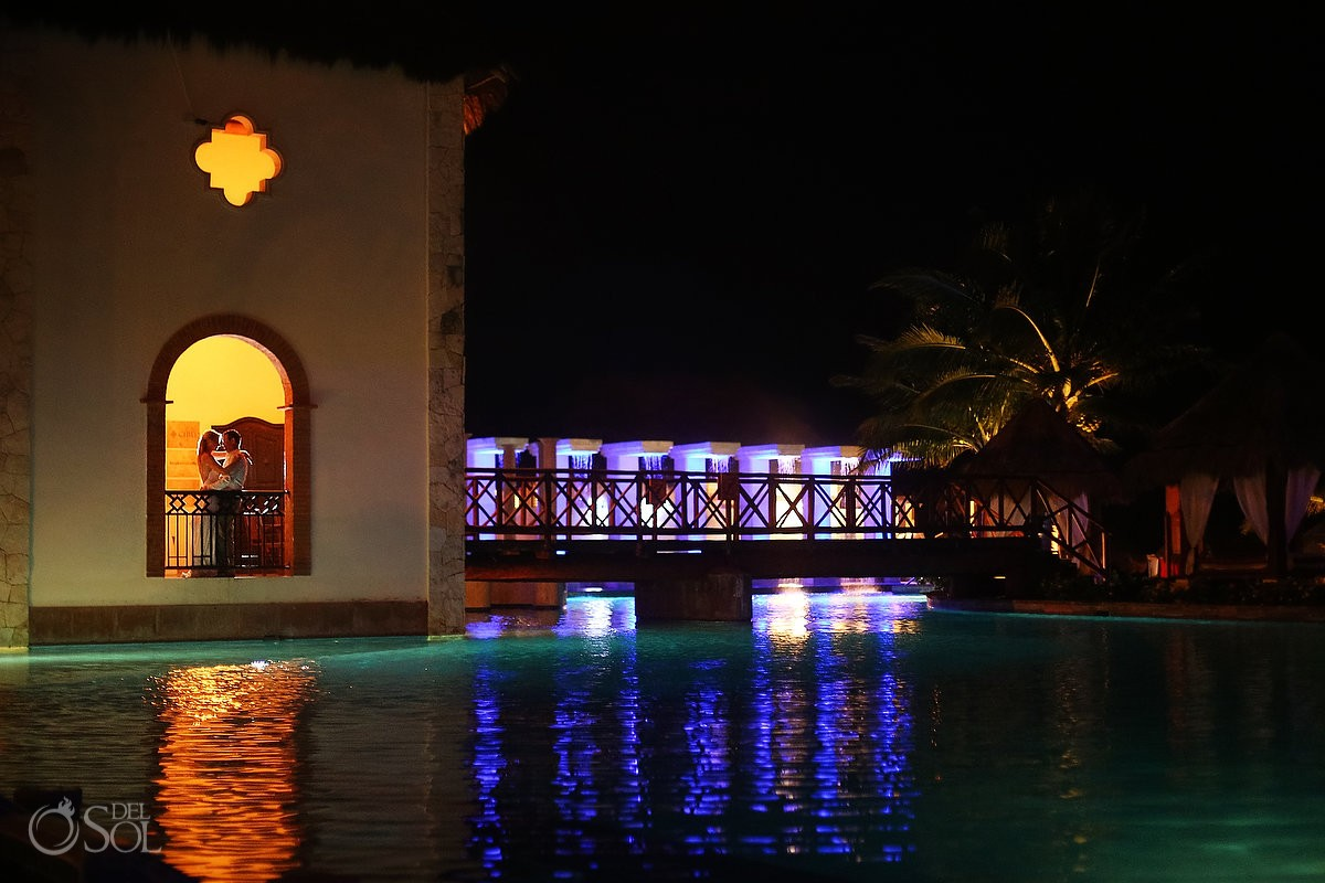 artistic night time wedding portrait Now Sapphire Riviera Cancun