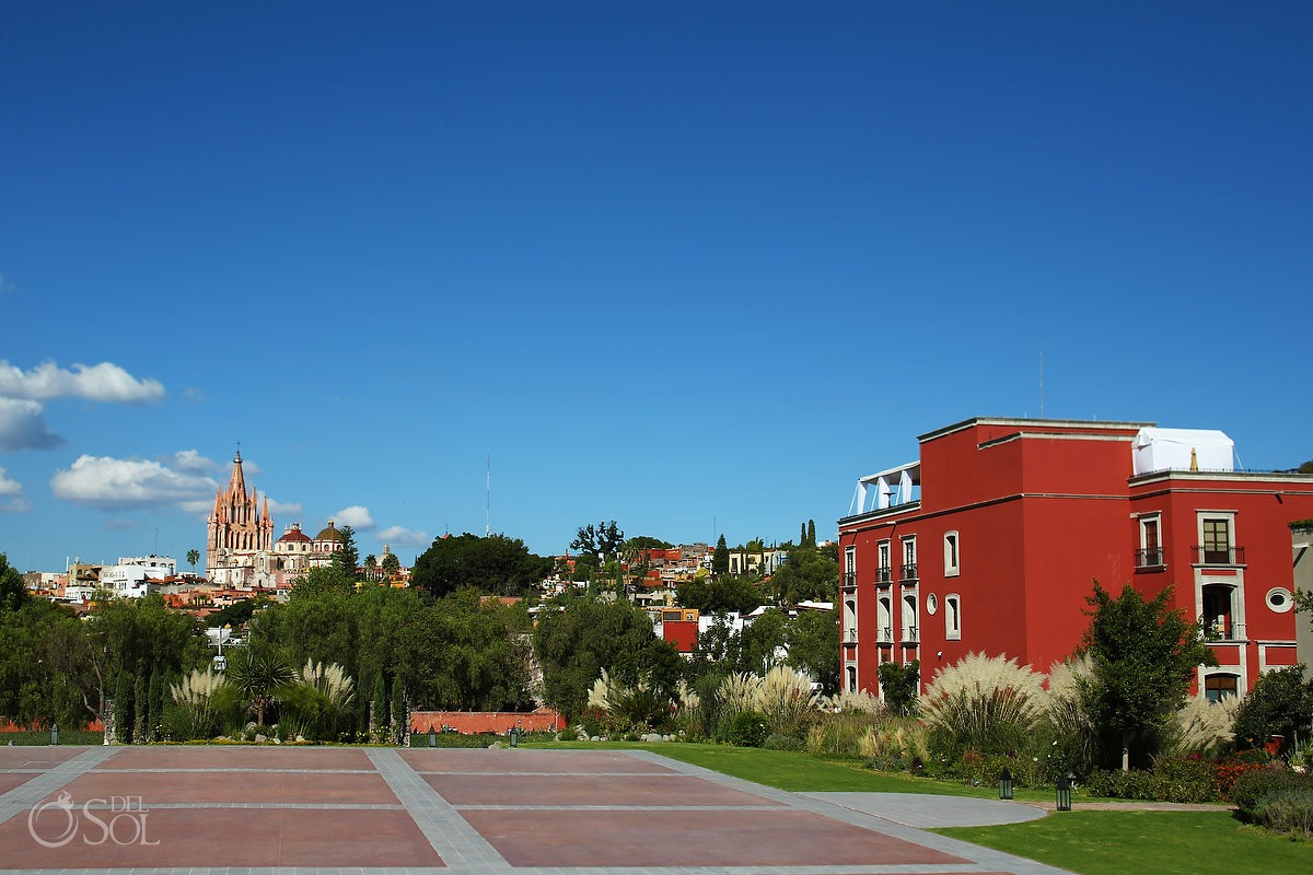 Rosewood Lawn Parroquia Church view Rosewood Hotel San Miguel de Allende