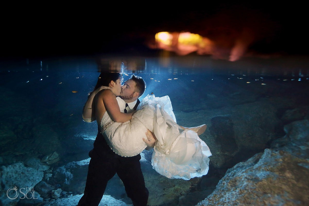 brude groom kiss underwater, cenote and beach Trash the Dress, Riviera Maya, Mexico.