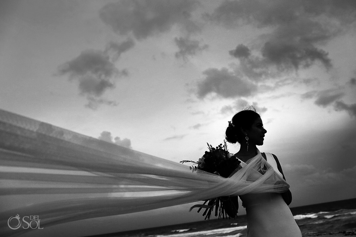 black white dramatic bride portrait silhouette, garden Wedding Iberostar Cancun, Mexico