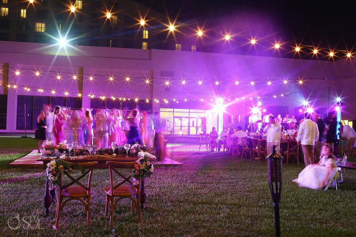 long exposure bride groom table dancefloor, garden wedding reception, Iberostar Cancun, Mexico
