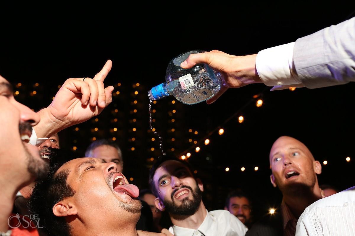vibora del mar alcohol, don julio tequila long pour mouth open tongue, garden wedding reception, Iberostar Cancun, Mexico