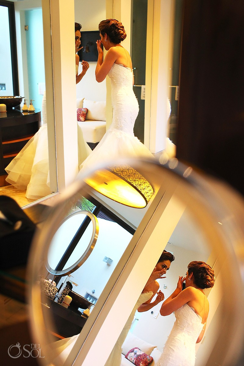 Bride getting ready artistic reflection, Gazebo Wedding Banyan Tree Mayakoba, Playa del Carmen, Mexico