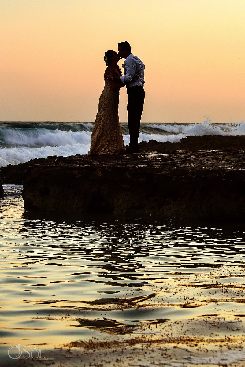 Bride and groom sunset Dreams Puerto Aventuras silhouette destination weddings