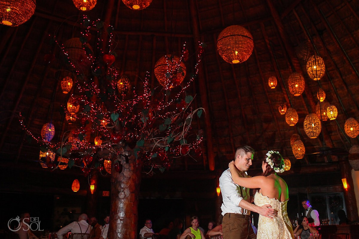 Dreams Puerto Aventuras El Patio restaurant first dance wedding reception