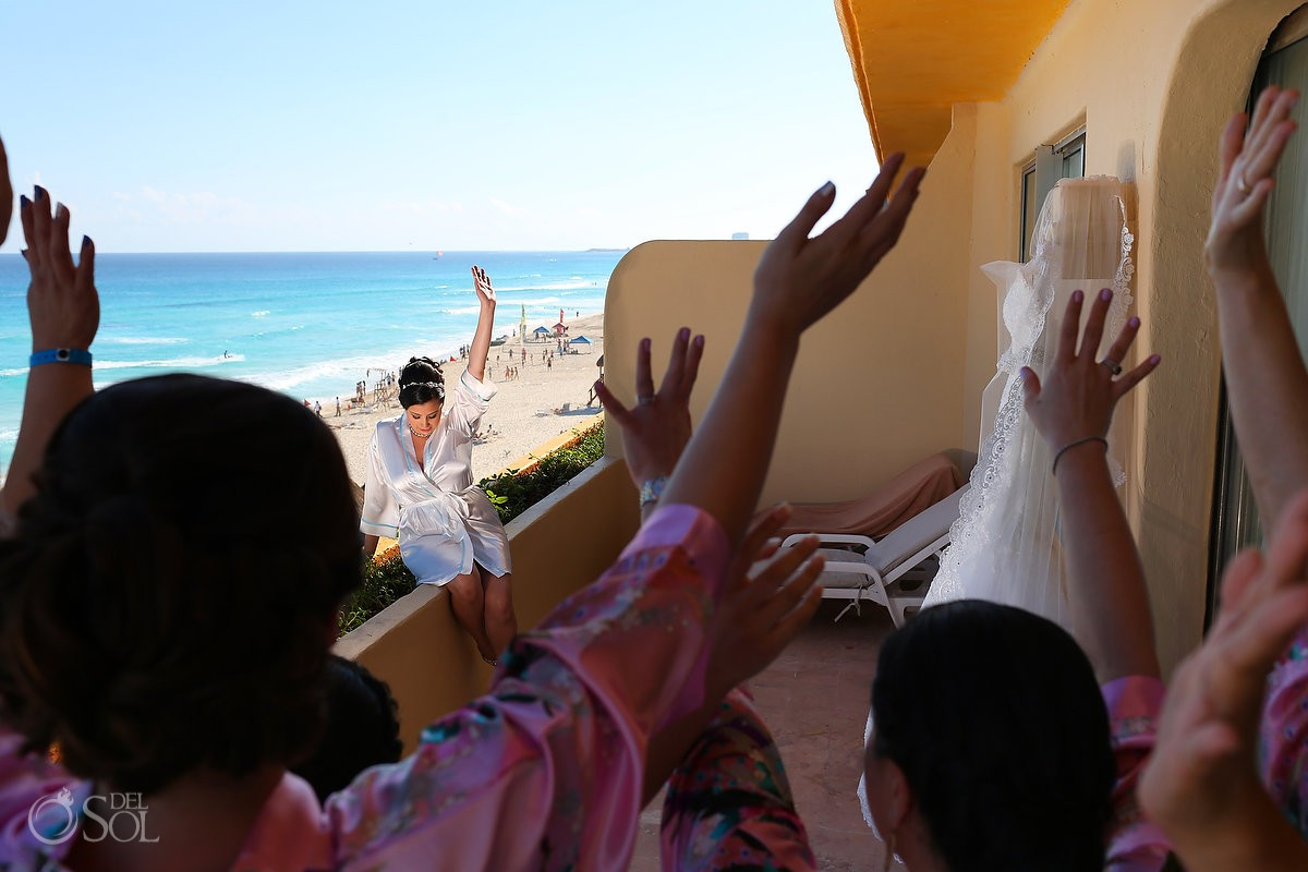 bride getting ready cheering balcony, Wedding Fiesta Americana Condesa, Cancun, Mexico