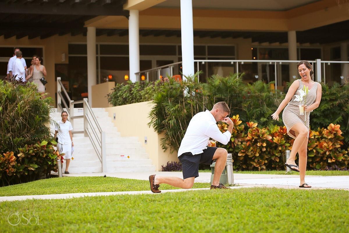 groomsman funny wedding reception entrance, garden Now Jade, Puerto Morelos, Mexico.
