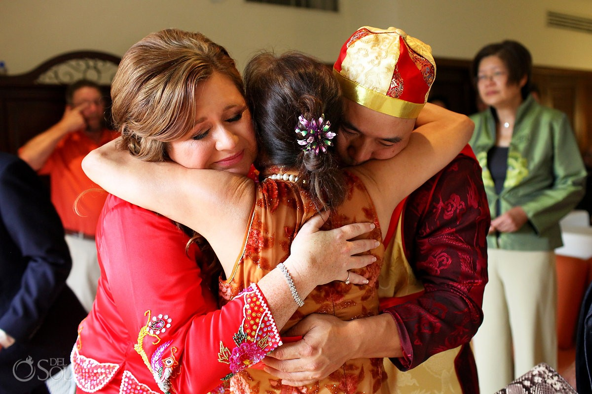 Traditional Chinese tea ceremony hug, Wedding Occidental Grand Xcaret, Playa del Carmen, Mexico
