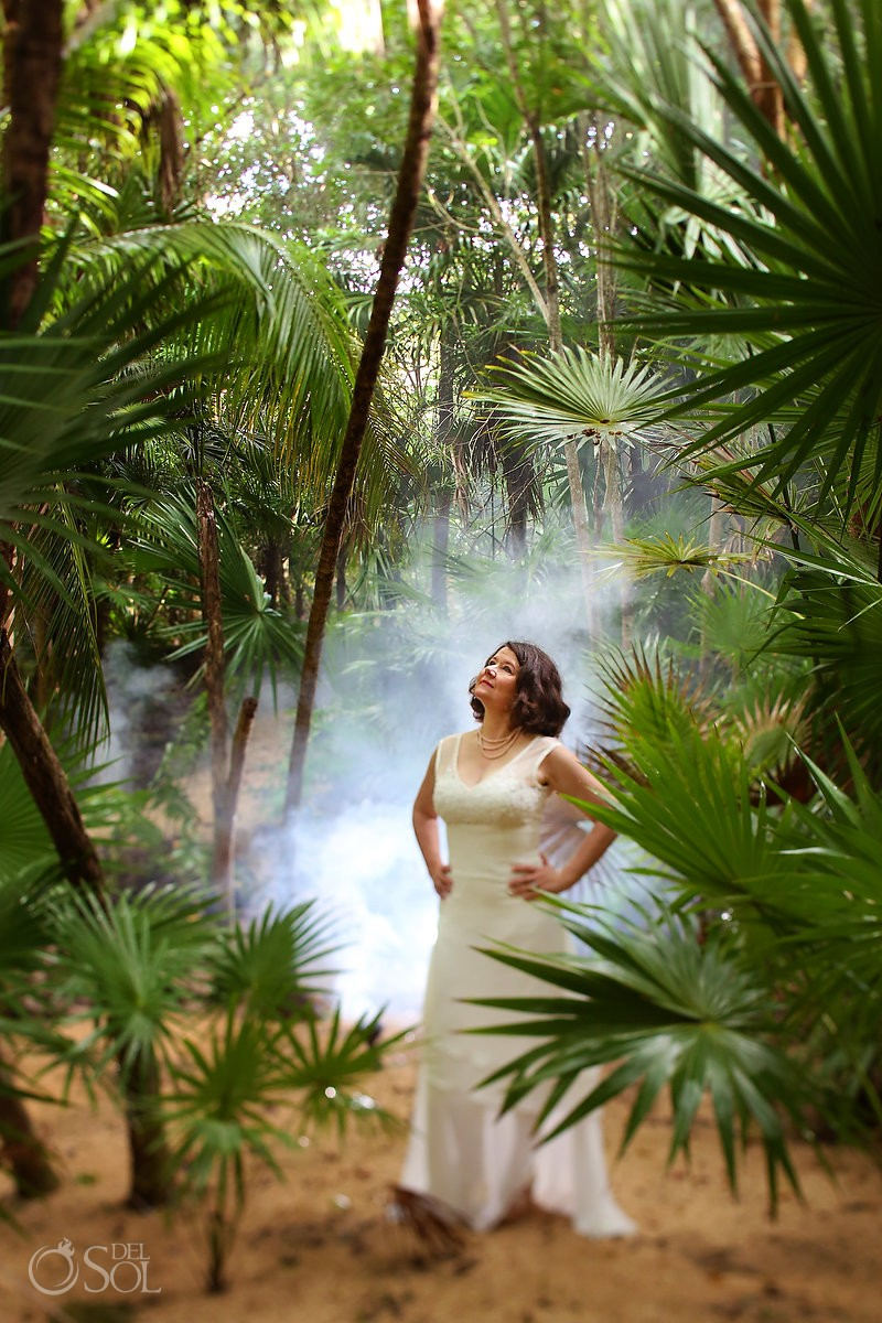 bride portrit light rays jungle, artistic wedding photograph, Cenote Trash the Dress, Riviera Maya, Mexico