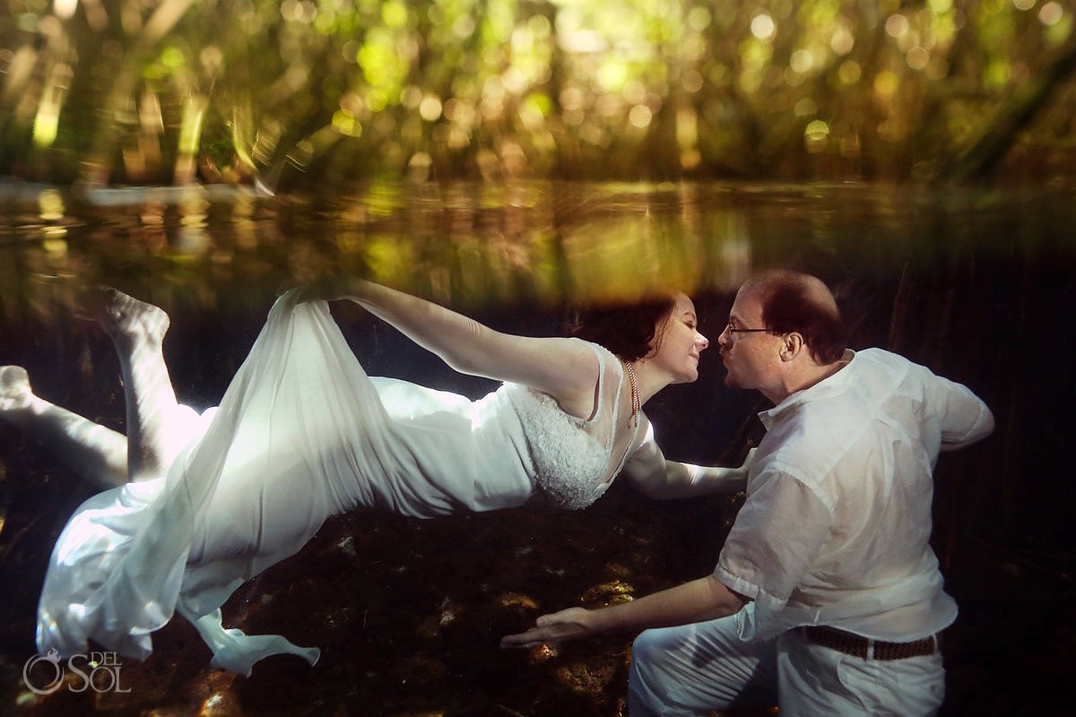 bride groom kiss, underwater photography, artistic wedding portrait, Cenote Trash the Dress, Riviera Maya, Mexico