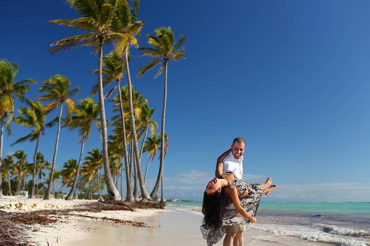 couple dancing, Carribean Beach portraits, Sanctuary Cap Cana Resort, Dominican Republic