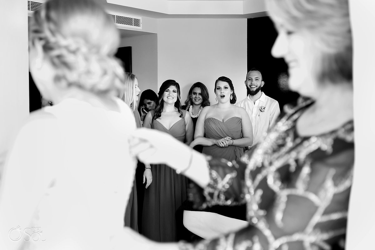 made of honor getting ready for wedding at Me Cancun, Mexico