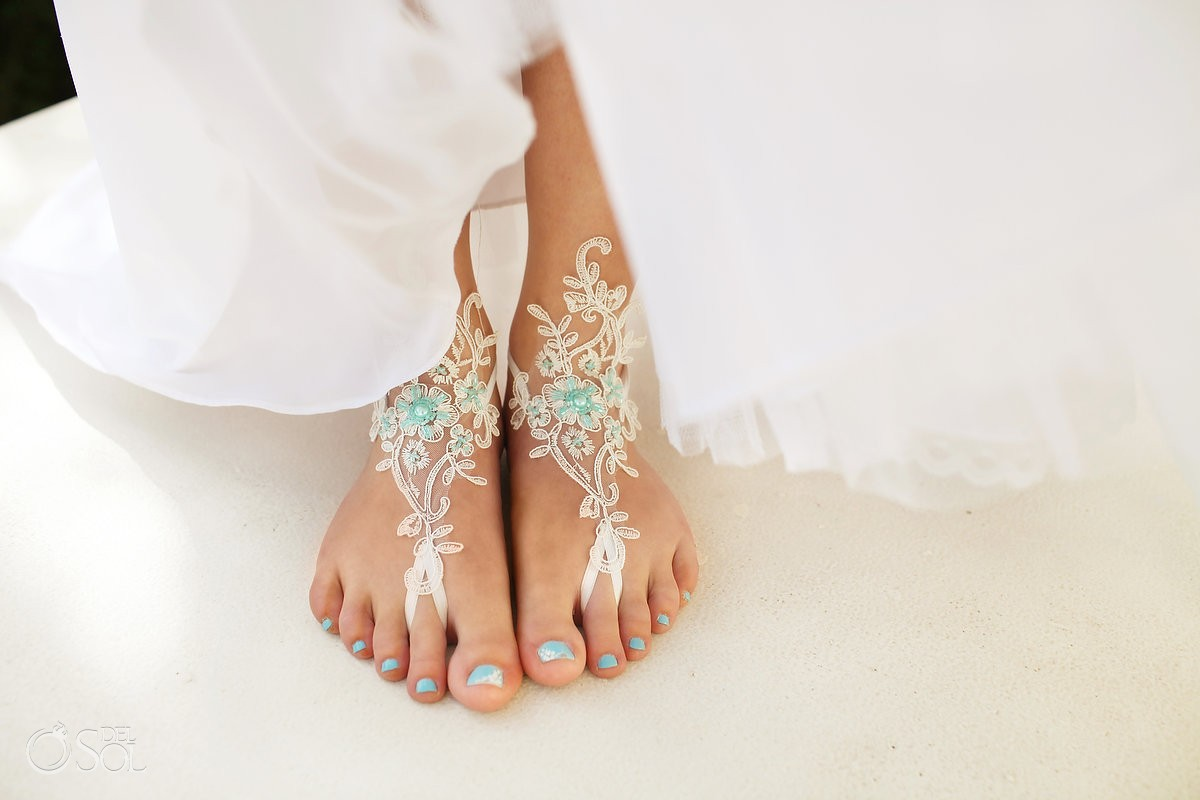 bride lace foot accessory bare feet beach wedding