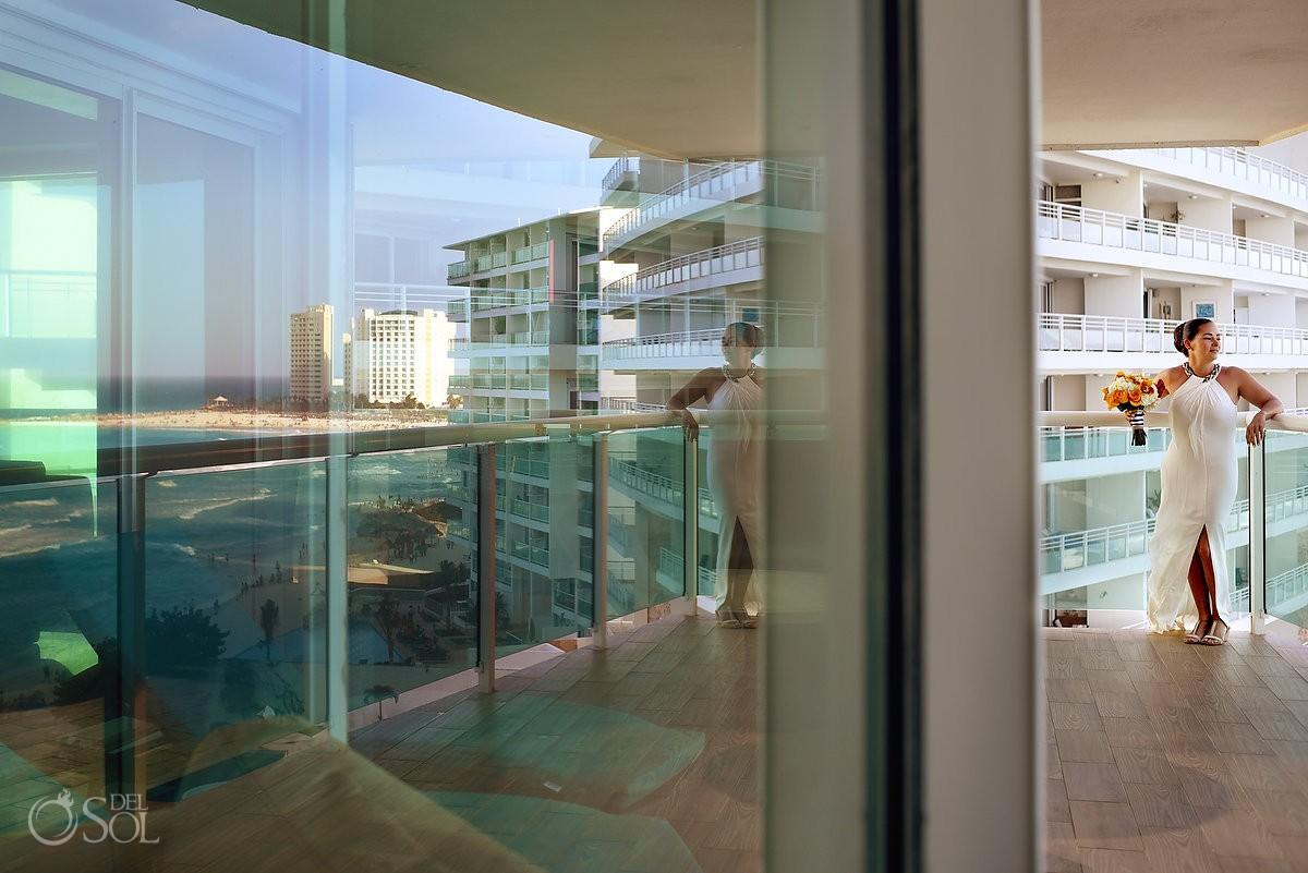 amazing reflection of the caribbean ocean with bride at Porto Fino Condominiums, Cancun