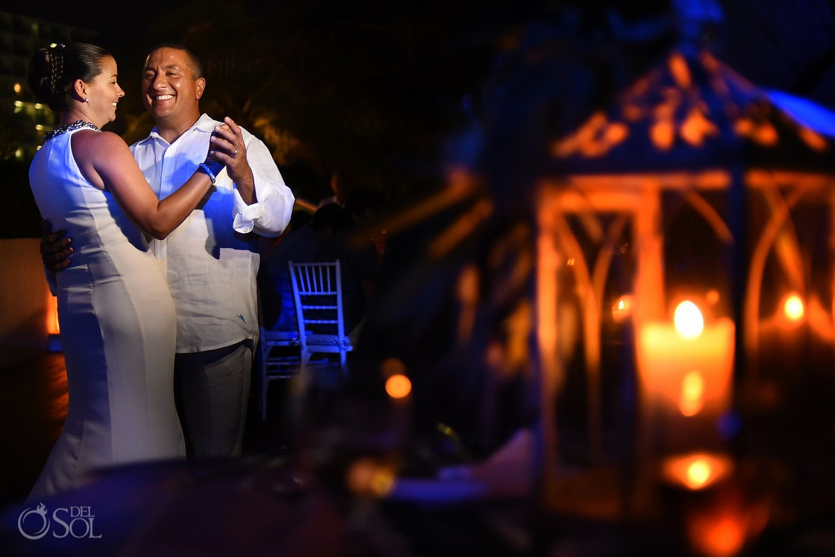 destination wedding photo of bride and groom first dance in cancun mexico