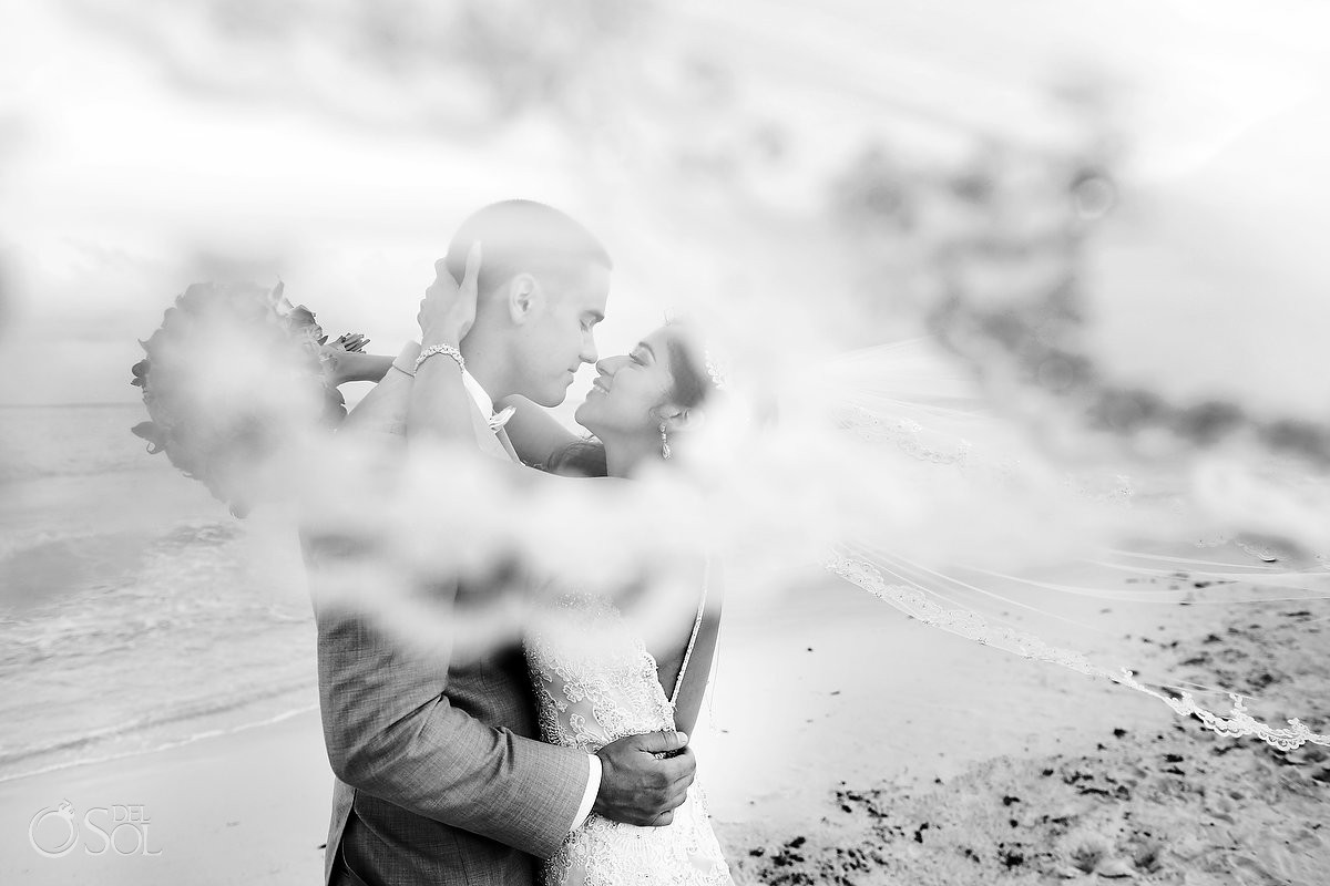 artistic veil wedding portrait black white Grand coral Beach Club, playa del Carmen