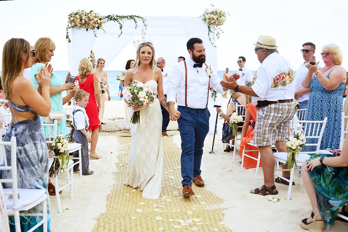 High five Beach Wedding Grand Hyatt, Playa del Carmen, Mexico