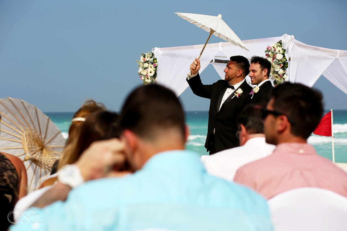 funny wedding picture groomsmen parasol, beach wedding Live Aqua Cancun Mexico