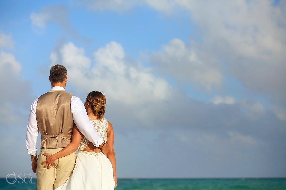 funny wedding portrait butt grab cheeky bride Valentin Imperial Maya beach, Playa del Carmen
