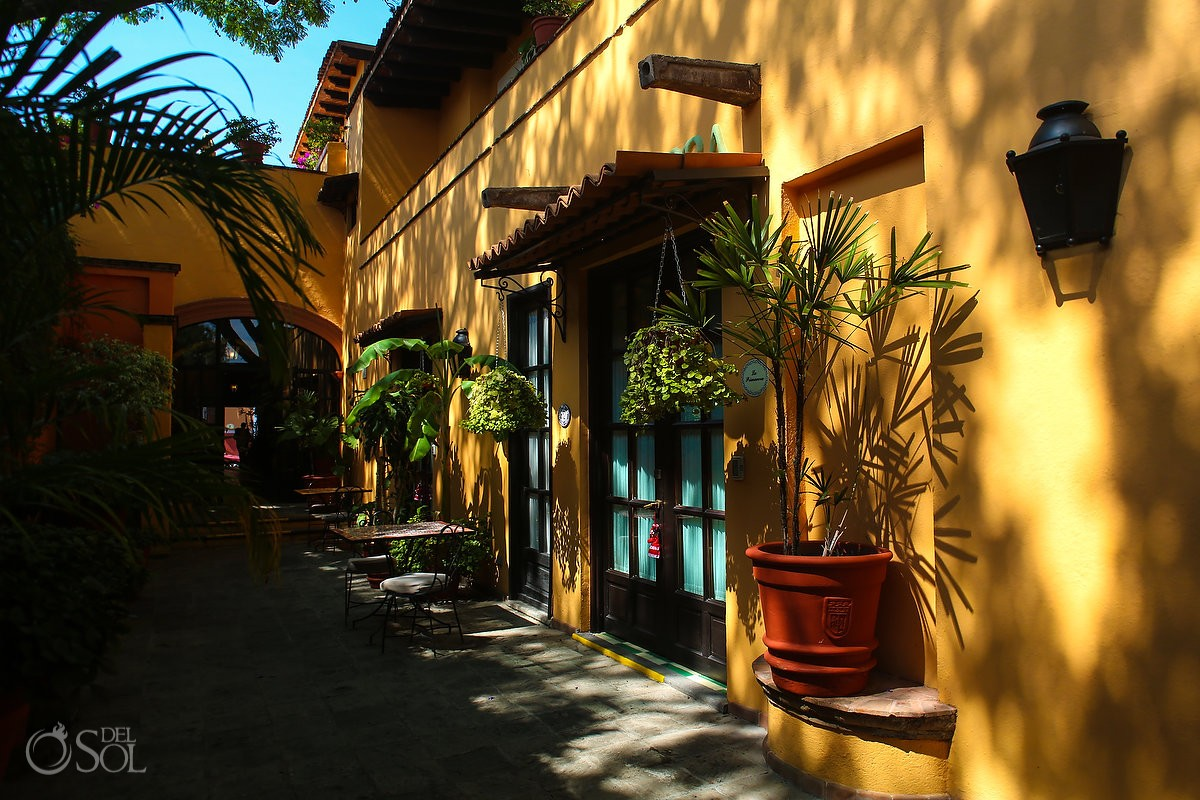 Belmond Casa de Sierra Nevada, San Miguel de Allende yellow wall garden