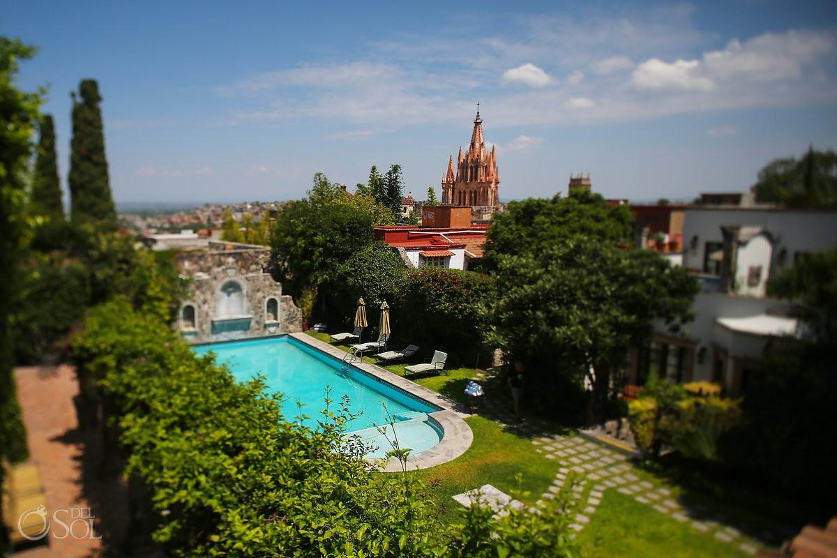 swimming pool church view La Parroquia de San Miguel Arcángel Belmond Casa de Sierra Nevada, San Miguel de Allende