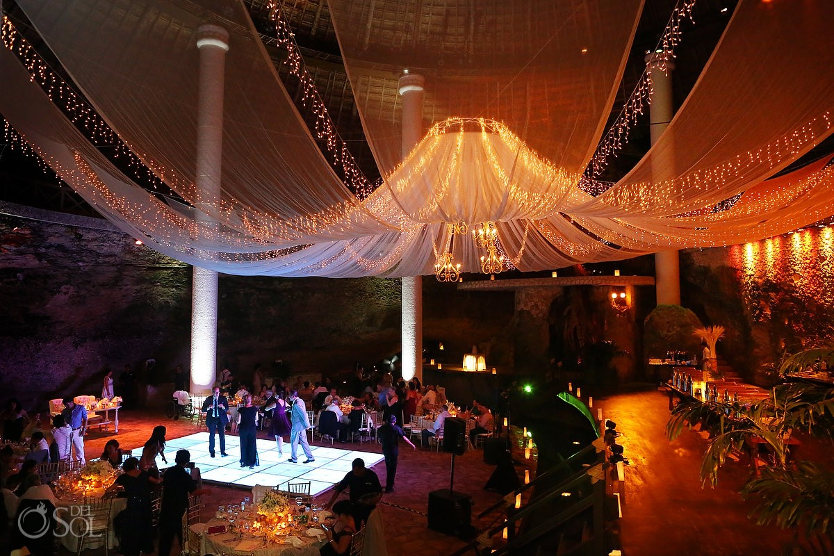 dance floor La Isla Restaurant Xcaret, riviera maya, Mexico