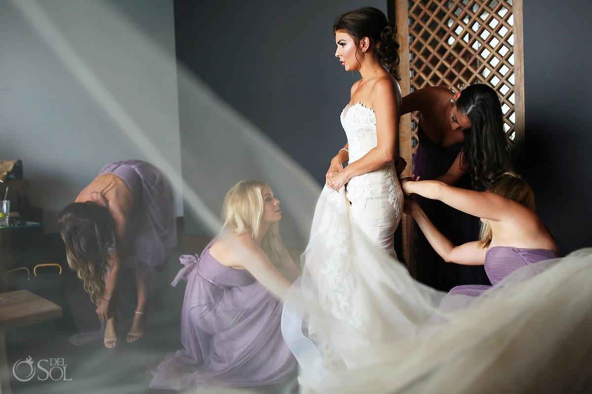 Bride getting ready Destination Beach Wedding NIZUC Resort, Cancun