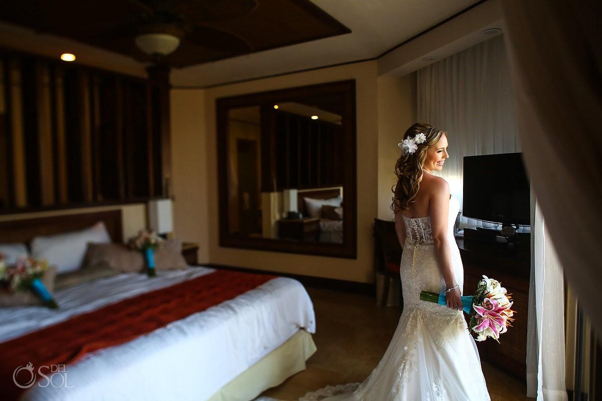 Bride getting ready portrait Dreams Riviera Cancun
