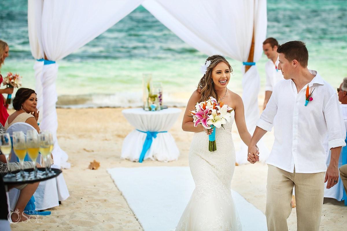 beach ceremony exit Dreams Riviera Cancun Mexico