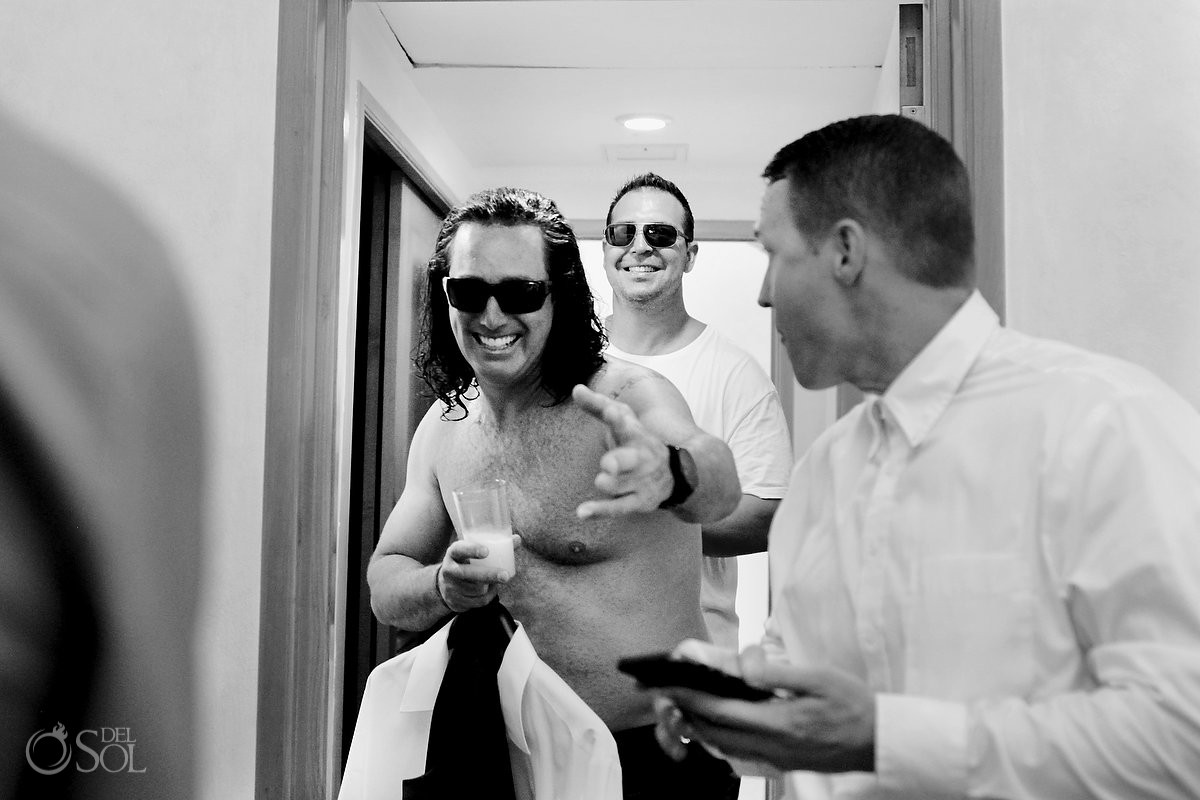 groom getting ready black white funny picture Iberostar Paraiso Lindo, Riviera Maya, Mexico