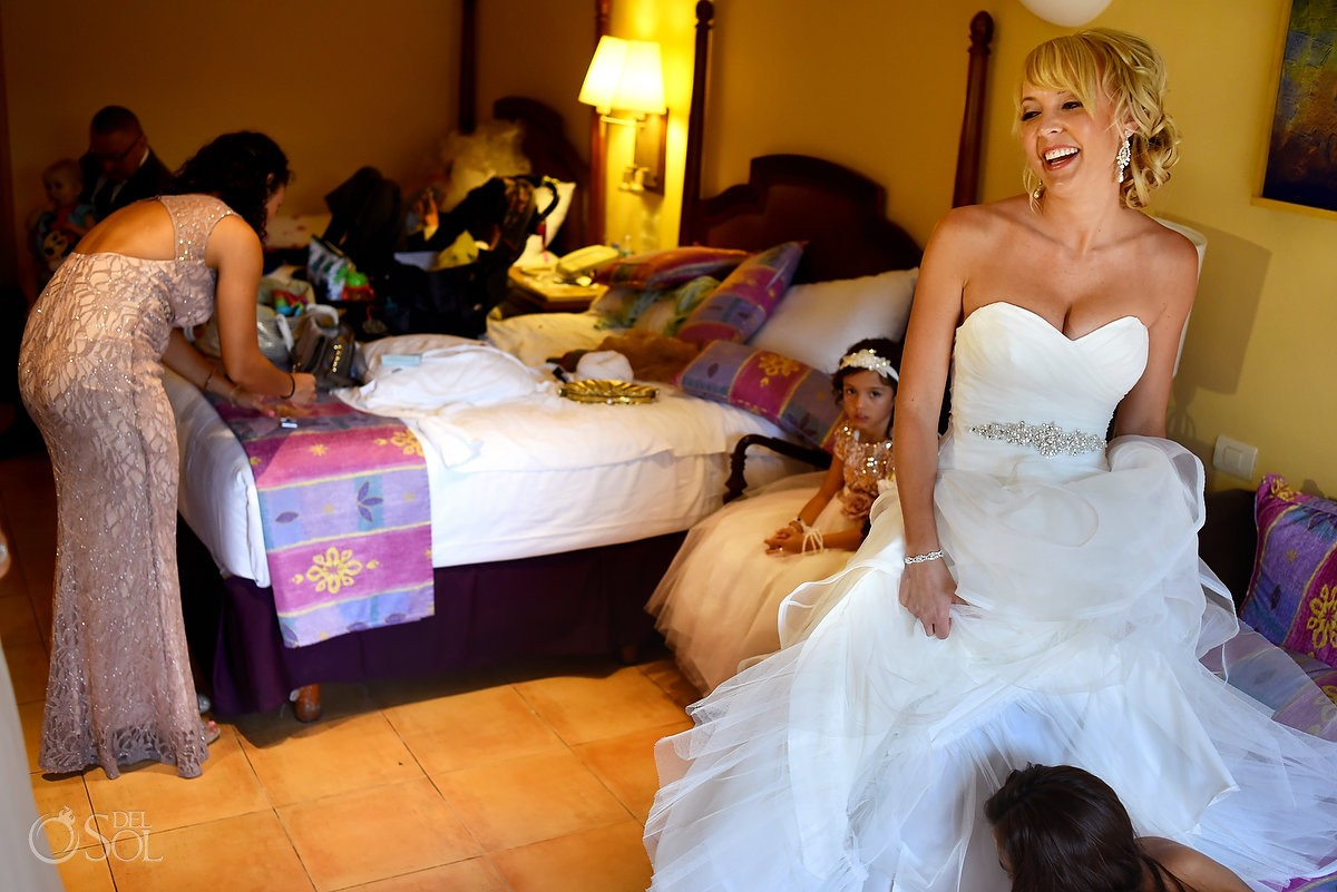 happy bride laughing Iberostar Paraiso Lindo, Riviera Maya, Mexico