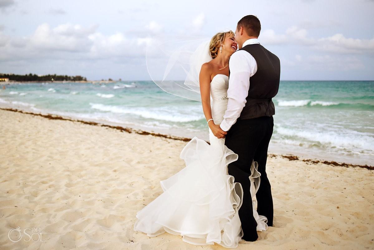beach wedding portrait Iberostar Paraiso Lindo, Riviera Maya, Mexico